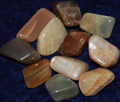 11 Tumbled Moonstones #10